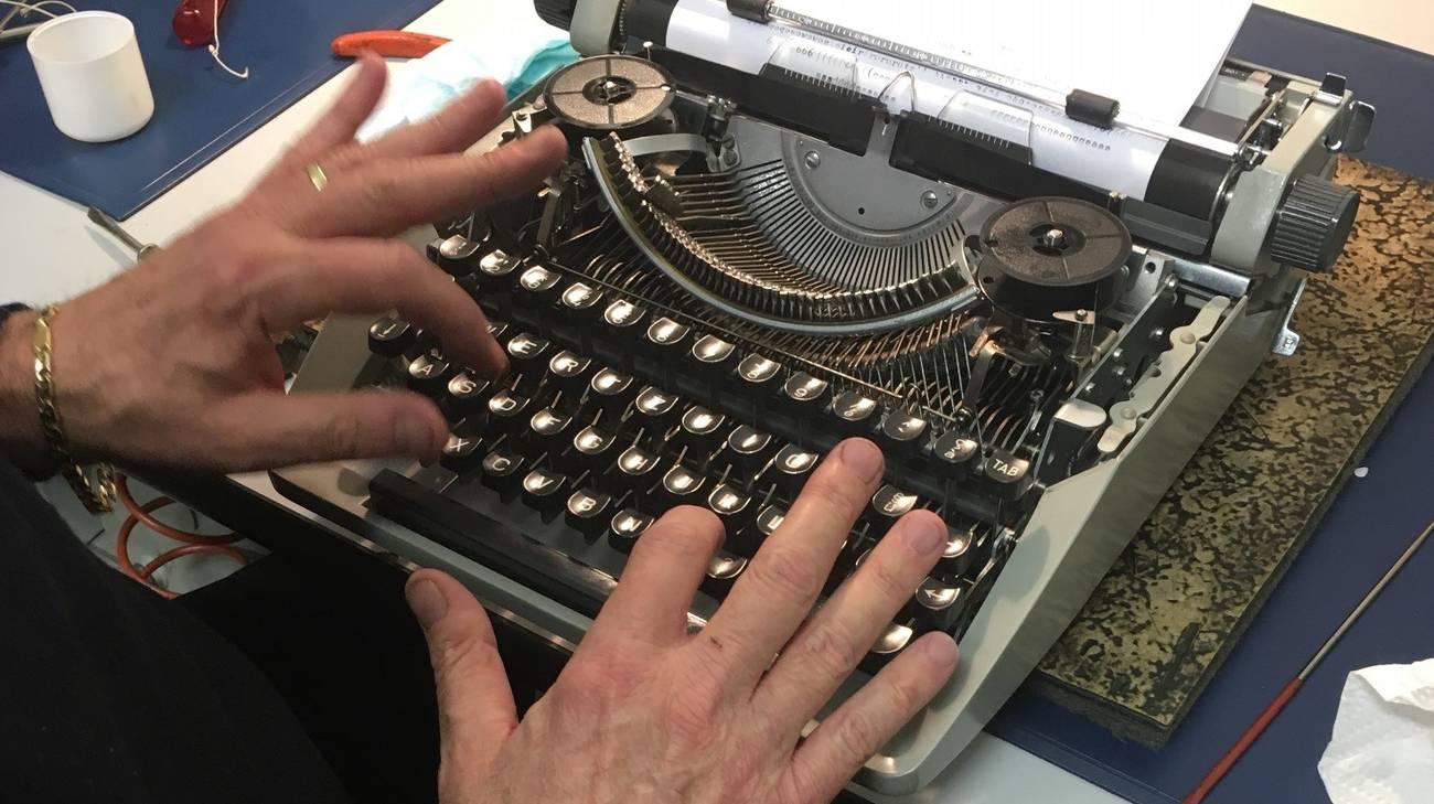 soggetti smarriti la macchina da scrivere